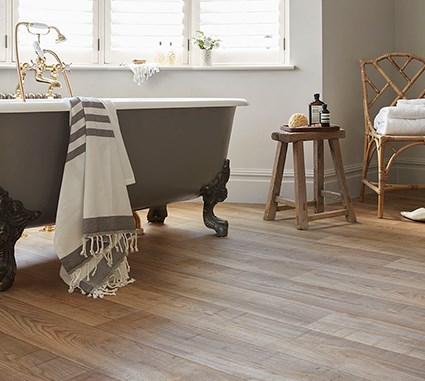 Oak look vinyl flooring